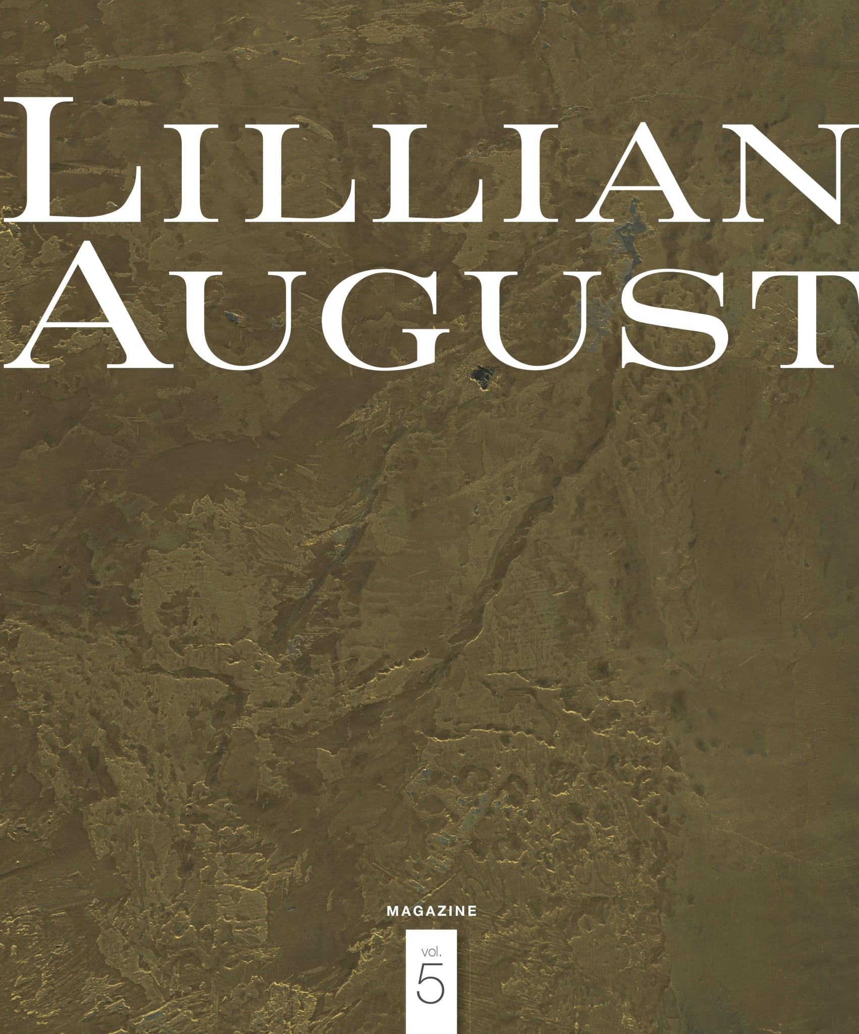 LILLIAN AUGUST_Custom_One Shot